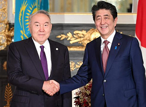 N.Nazarbayev met with Japanese PM Shinzo Abe