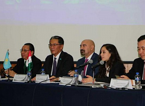 Kazakh Ambassador familiarized Mexican students with Presidential Address
