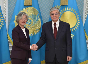 Head of State, Korean Minister of Foreign Affairs met